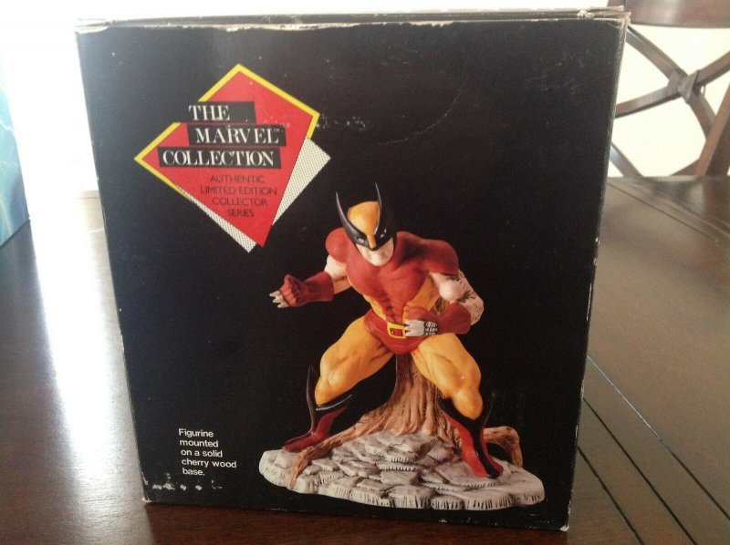 The Marvel Collection 1989 Wolverine Porcelain Statue MIB only 15,000 produced