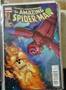 Amazing Spider-Man # 681  2012  marvel  spidey in space + human torch