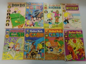 Richie Rich Comic lot 30 different issues 4.0 VG or better (Bronze age Harvey)