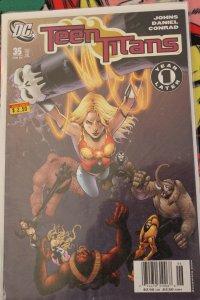 Teen Titans 35 NM