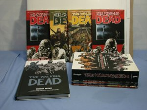 The Walking Dead (Image Comics) Graphic Novel TPB Lot L@@K Great Reads!