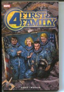 Fantastic Four: First Family-Joe Casey-2006-PB-VG/FN