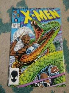 UNCANNY X-MEN # 223 1987 MARVEL  STORM HAVOC POLARIS FORGE