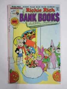 RICHIE RICH BANK BOOKS #20 (Harvey, 12/1975) VERY GOOD PLUS (VG+)
