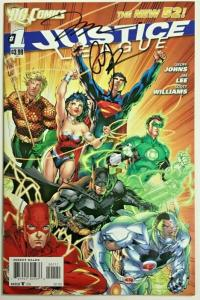 JUSTICE LEAGUE#1 VF/NM 2011 SIGNED BY JIM LEE DC COMICS THE NEW 52!