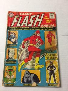 Giant Flash Annual 1 2.0 Gd Good Tape And Cover Detached