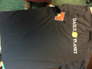 Daily Planet kids XS t-shirt