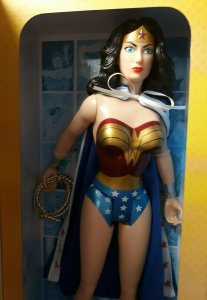 DC Comics Volume 06 Wonder Woman 18 Figure - 2017 - Jakks Pacific - NEW
