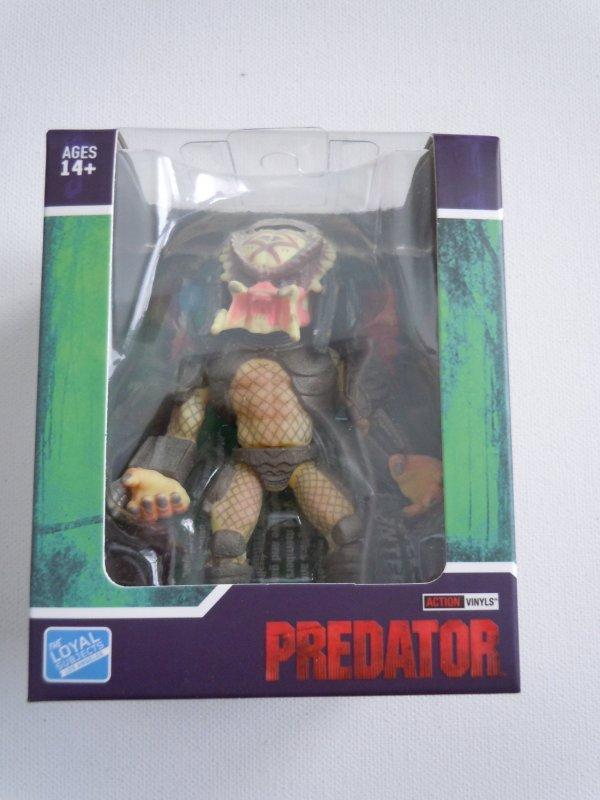 The Loyal Subjects Predator City Hunter Unmask Original Action Vinyl