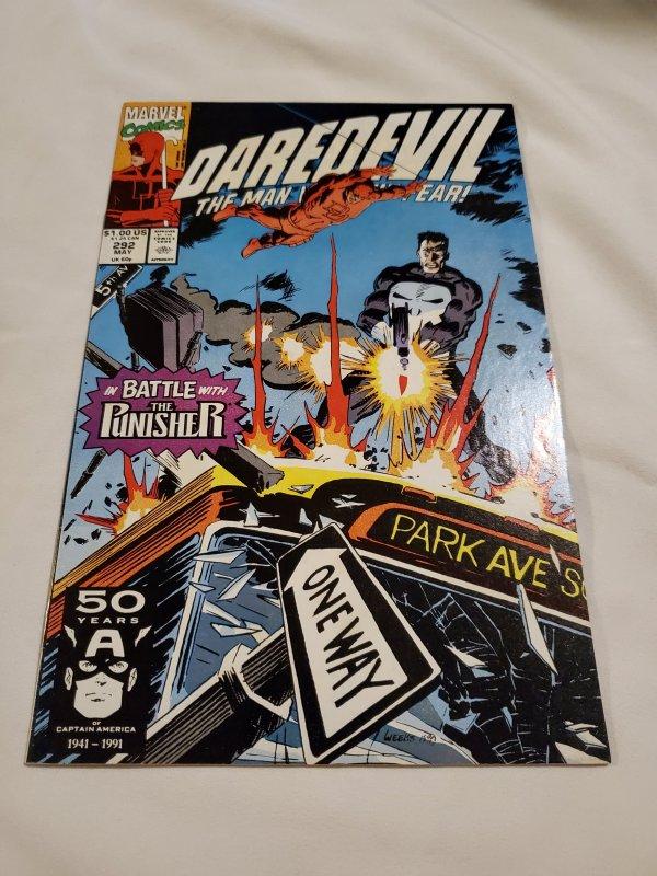 Daredevil 292 Very Fine+ Cover art by Lee Weeks