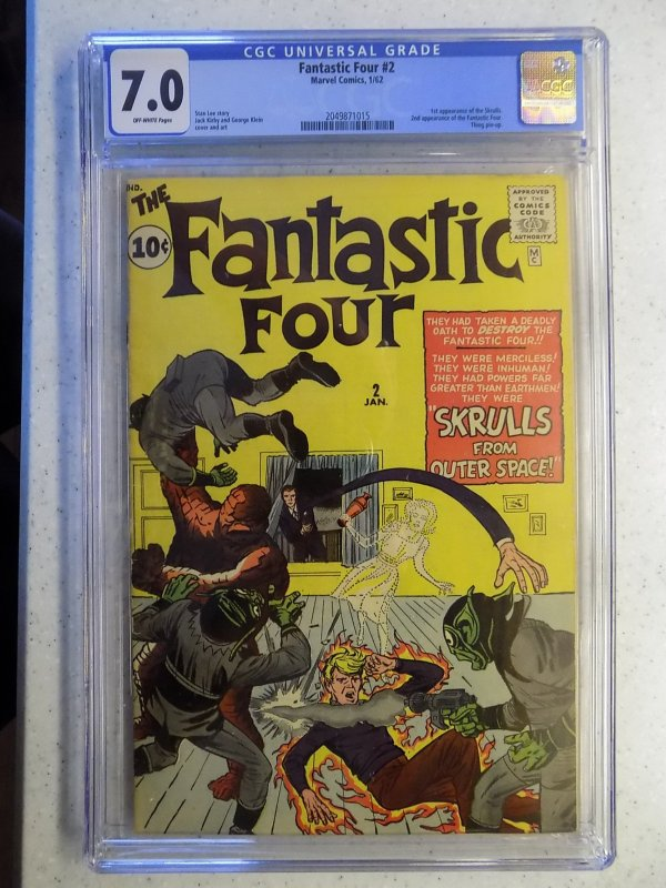 FANTASTIC FOUR # 2 MARVEL SILVER CGC 7.0. 1ST SKRULLS THING PIN UP WOW