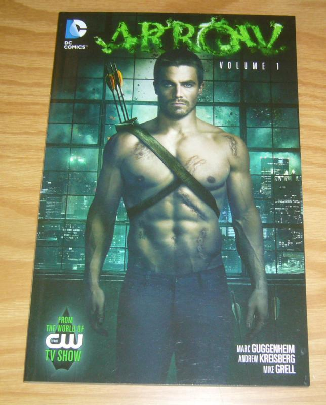 Arrow TPB 1 VF/NM from the world of the CW TV show - green arrow - mike grell
