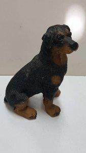 Figura de perro resina: Rottweilers de 9x6 cm.