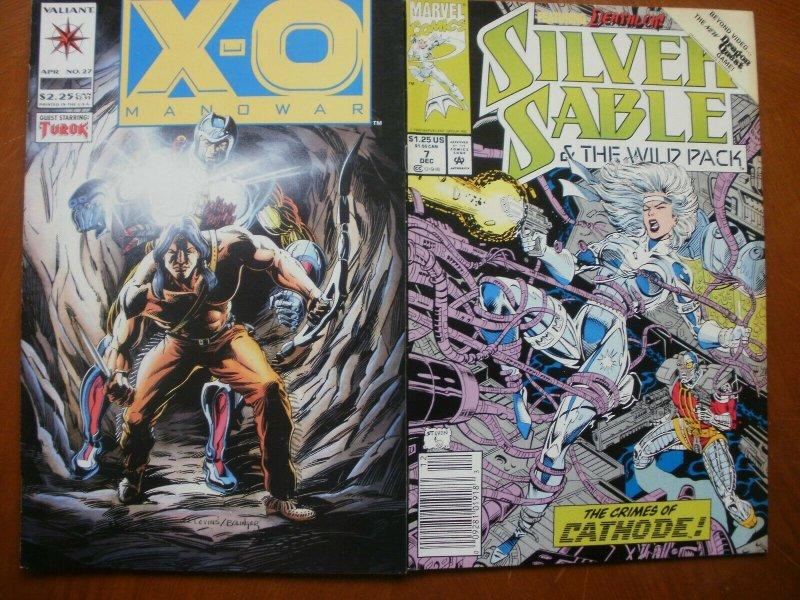 2 Comic: Valiant X-O MANOWAR #27 (Turok) + Marvel SILVER SABLE & WILD PACK #7