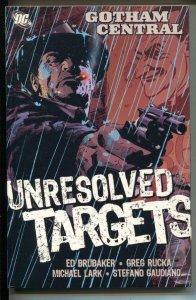 Gotham Central: Unresolved Targets-#3-Ed Brubaker-TPB-trade