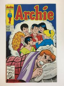 ARCHIE  (1942-     )422 VF-NM Apr 1994 COMICS BOOK
