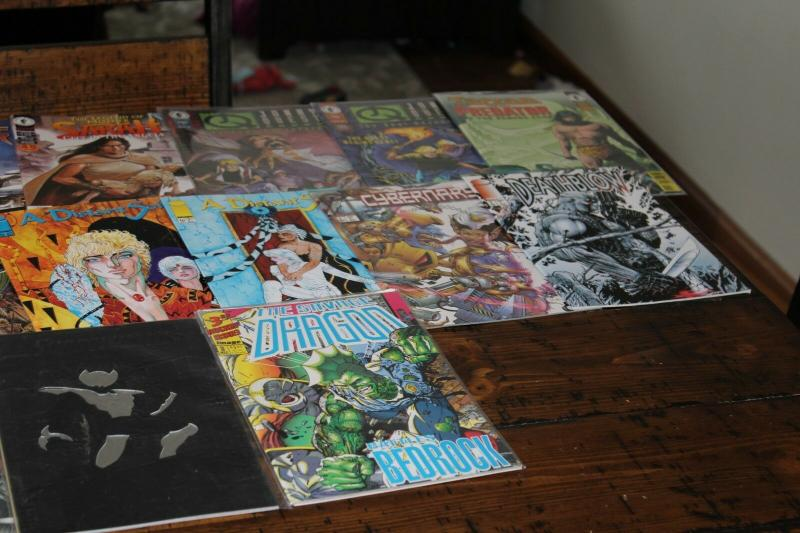 Medium Priority Mail Box Full of All Diff DC IMAGE DARK HORSE Comics Bulk Mixed