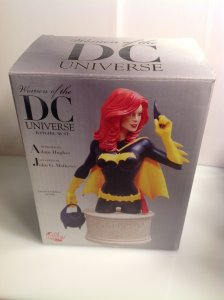 Women of the DC Universe Batgirl mini-bust MIB #2612/7000 Adam Hughes DC Direct