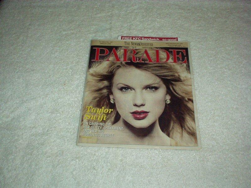 Parade Magazine October 2010 TAYLOR SWIFT, Recipes, Cartoons, Celebrities, Ads+
