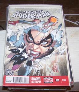 Amazing Spider-Man #  3 ( 2014, Marvel)     + BLACK CAT+  cindy moon ?