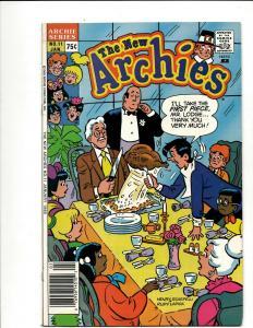 12 Comics Archies 11 18 19 (2) 20 + 3000 4 Casper 4 5 73 Richie 2 Sizzle 56 WS8