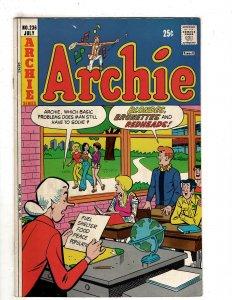 Archie #236 (1974) YY7