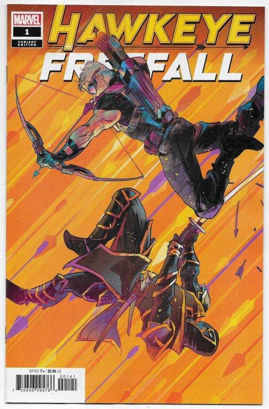 2012 MARVEL Comics HAWKEYE #21 NM Comic Book