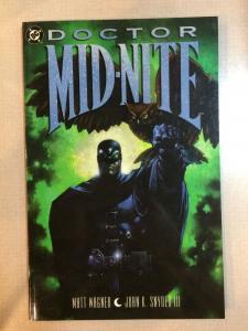 Doctor Mid-Nite Tpb Matt Wagner John K. Snyder DC