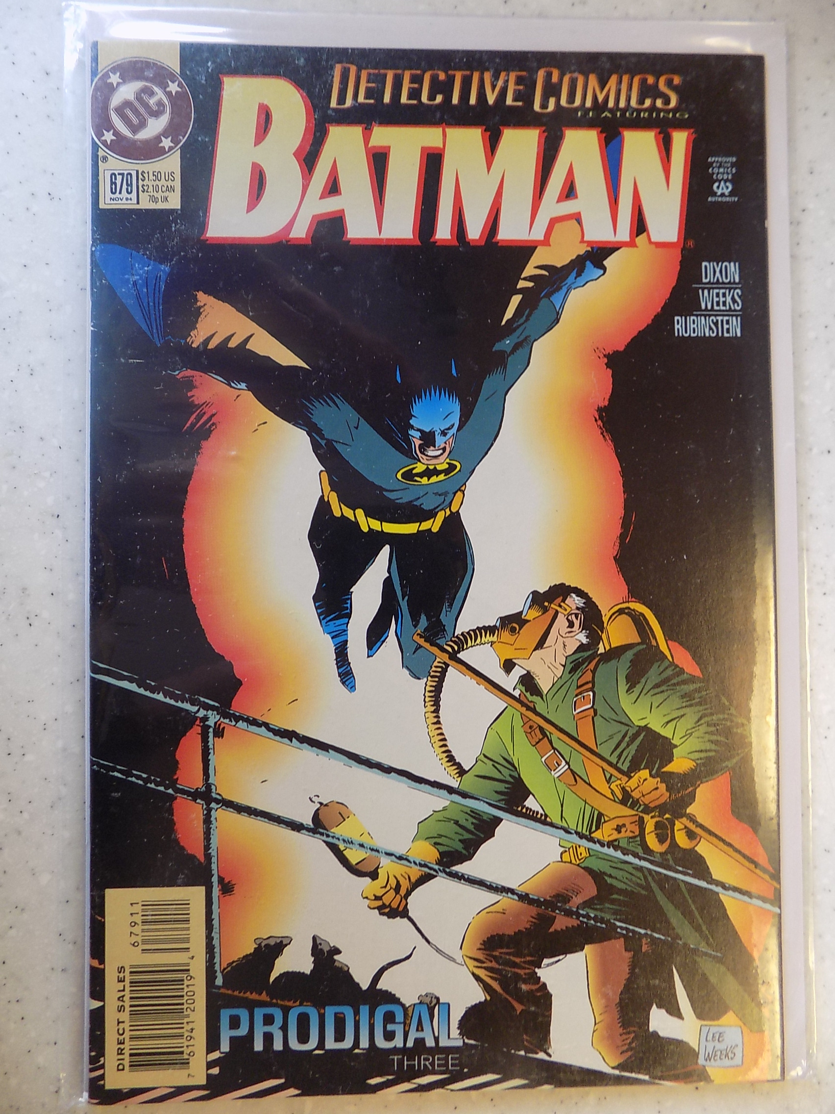 Flat Rate Combined Shipping! DC, Batman, VF // NM Detective Comics # 679