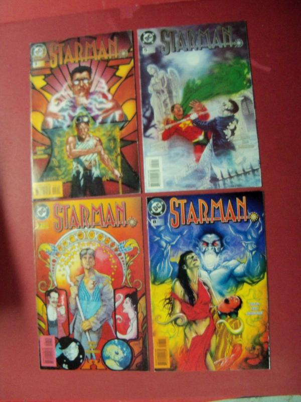LOT/COLLECTION OF 42 NEAR MINT STARMAN BOOKS LIQUIDATION SALE