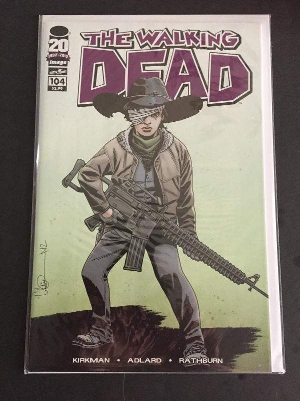 THE WALKING DEAD  V1 #104  2012    NM/NM+