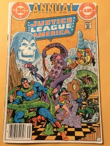 JUSTICE LEAGUE OF AMERICA Annual #1 : DC 1983 VG;