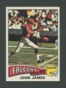 1975 Topps Football /  John James #326 /  NM+