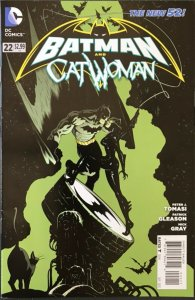 BATMAN and CATWOMAN Comic Issue 22 — 2013 DC Universe F+ Condition - P Tomasi