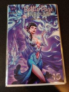BETTY PAGE UNBOUND #9 NM