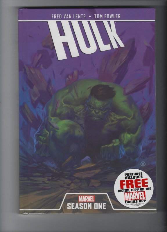 THE INCREDIBLE HULK SEASON ONE HARDCOVER