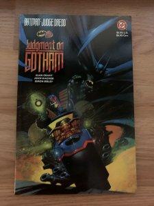 Batman Judge Dredd Judgement on Gotham DC Comics TPB Prestige (1991) CLASSIC!
