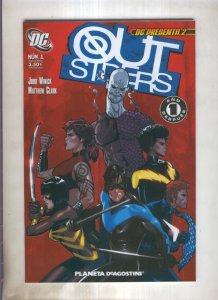 DC presenta numero 02: Out Siders numero 01