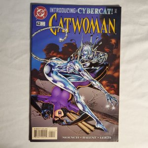 Catwoman 42 Very Good Tear on the back