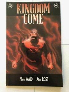 DC Graphic Novel KINGDOME COME #4 Direct Variant  VERY FINE+ (PF954)