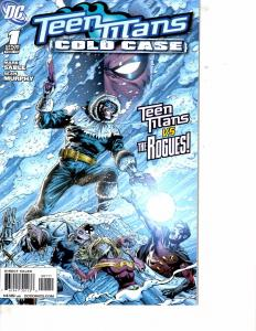 Lot Of 2 Comic Books DC Teen Titans Cold Case #1 and Annual #1  LH17