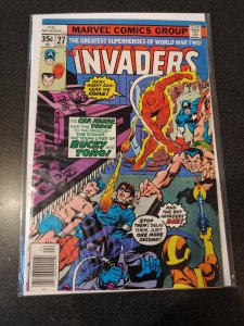 THE INVADERS #27 BRONZE AGE HIGH GRADE VF/NM
