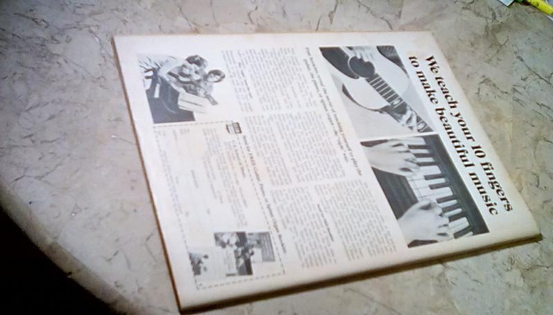 Rampaging Hulk Magazine #1 1977 G+ 2.5 PRICE REDUCTION + FREE FAST SHIPPING