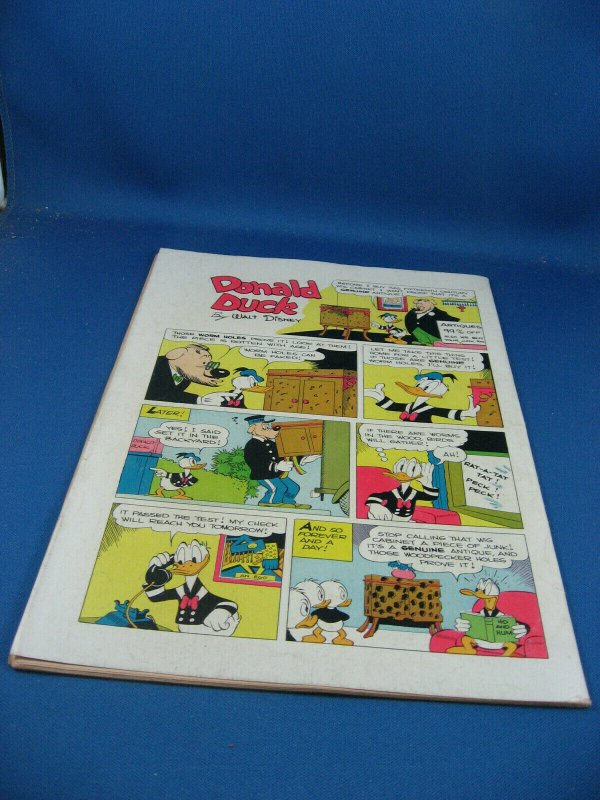 FOUR COLOR 199 DONALD DUCK F- BARKS SHERIFF OF BULLET VALLEY 1948