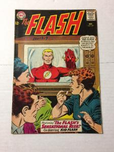 The Flash 149 4.0 Vg Very Good Writing In Graphite Pencil On Cover