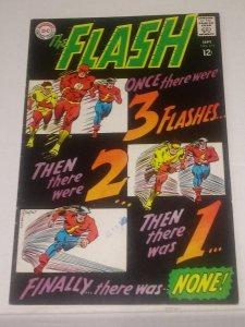 Flash #173 (7.5-8.0)  Golden Age Flash Kid Flash 1967 silver age DC (03a)