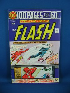 THE FLASH 232 VF+ 100 Page Giant 1975