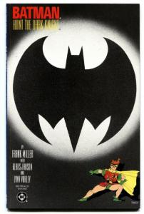 BATMAN THE DARK KNIGHT RETURNS #3 comic book  -CARRIE KELLEY cover-1986