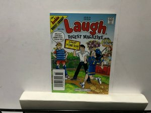ARCHIE LAUGH DIGEST MAGAZINE LOT of 7 Early-Mid 2000's FINE! #10