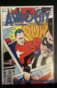 Kurt Busiek's Astro City #21 (2000)